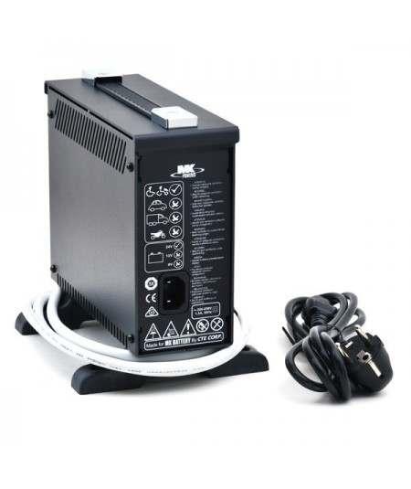 Cargador Baterías 8 AMP.