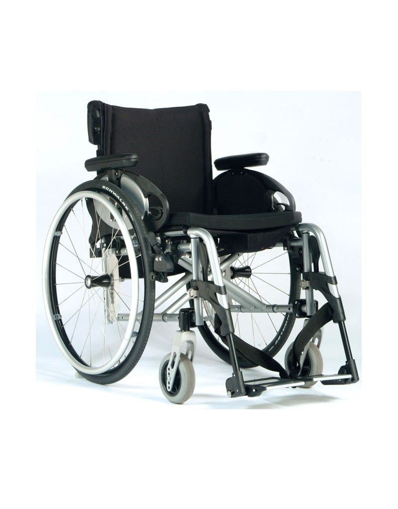 Silla de ruedas en aluminio SUNRISE Quickie Easy Max. Reposapiés desmontables